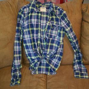 Hollister Plaid Button Up Shirt - EUC
